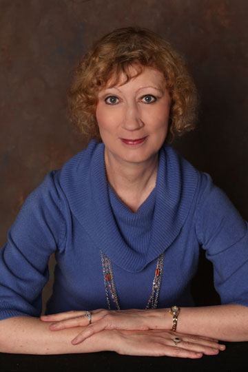 Featured Author: Cynthia Collins