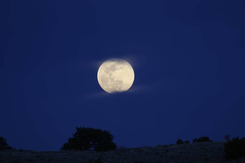 new mexico full moon flash fiction writing prompt copyright KSBrooks April 2017.jpg