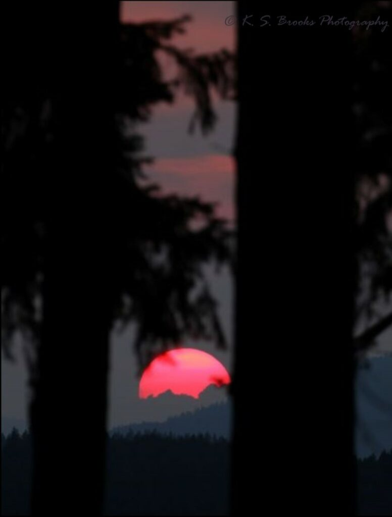 flash fiction prompt rendezvous sunset colville 08032018 3L0A5851