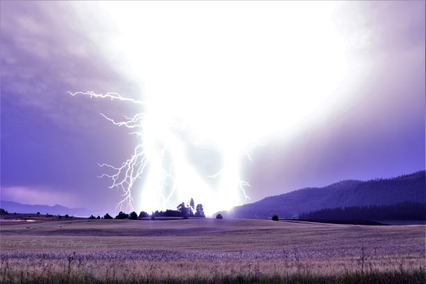 Lightning Flash fiction writing prompt 3L0A5213 (2) COPYRIGHT KS BROOKS 07232019 small